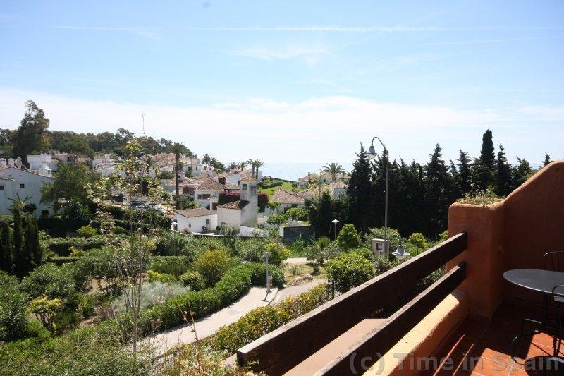 Vistas al mar desde el balcón del apartamento - Estepona.