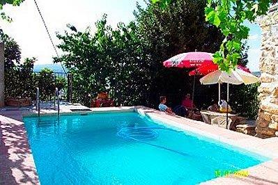 Montefrio Villa Sleeps 10 with Pool - 5080253, vacation rental in Illora