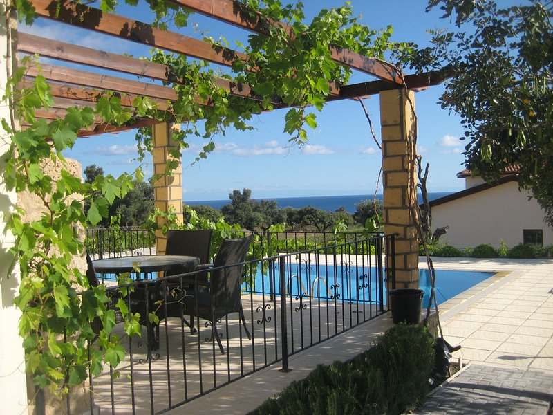 Luxury villa in Kayalar North Cyprus by the sea, holiday rental in Kayalar