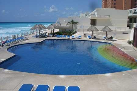 Beautiful Ocean View 3 Bedroom Villa  #30 sleep 8, vacation rental in Cancun