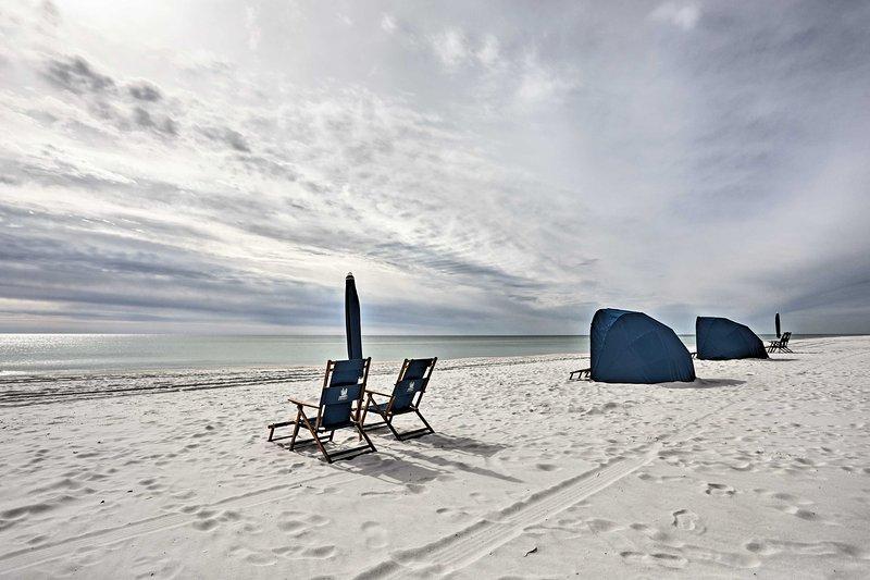 Um refúgio à beira-mar de luxo aguarda neste condomínio imbatível em Portofino Island Resort.