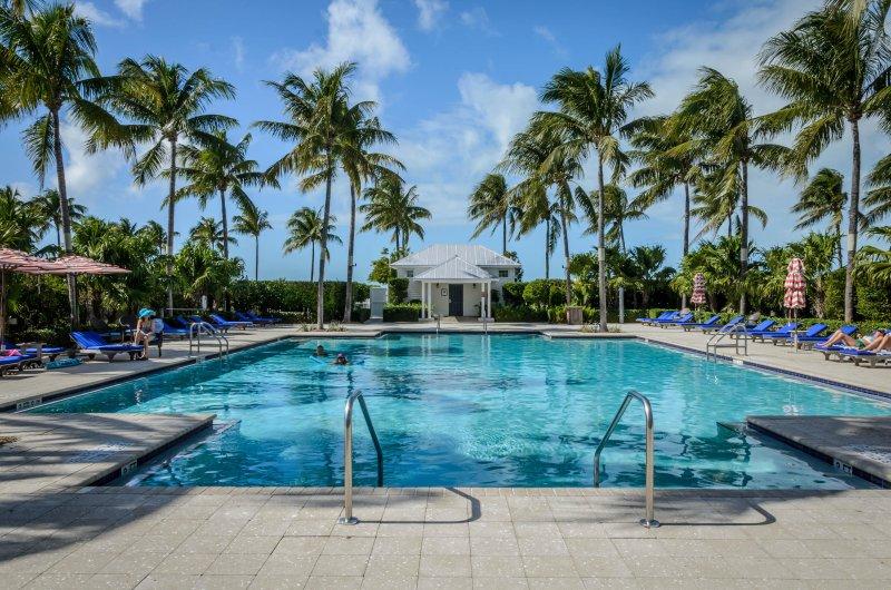Waterfront luxury Villa (60) with sunset views and boat slip, location de vacances à Marathon