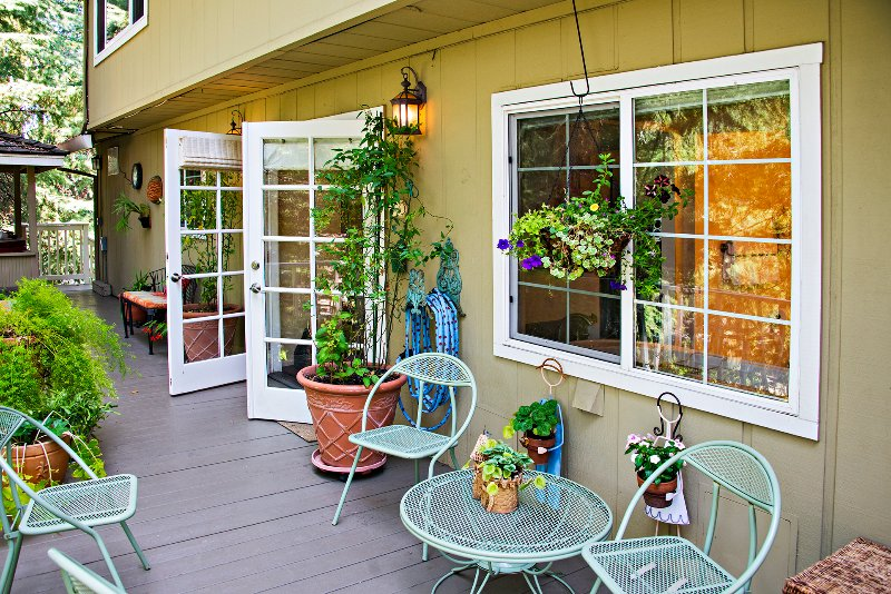 BJ's Nest~Tranquil Studio Apartment Retreat, w/Hot Tub.  Close To Downtown Napa., alquiler de vacaciones en Napa