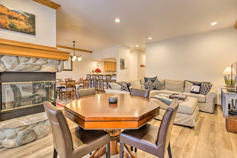 Find the ideal Incline Village retreat at this 3-bed, 2.5-bath vacation rental!