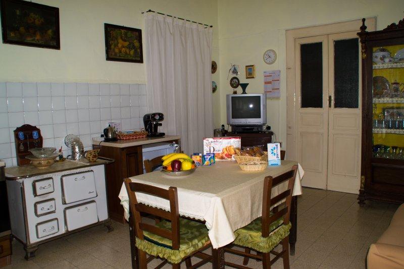 Kitchen-Breakfast Room.