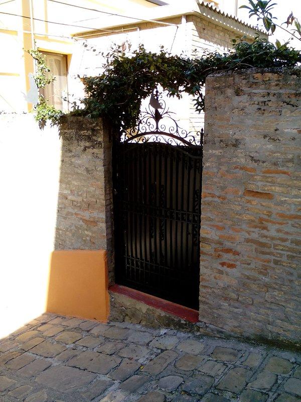 Input Side Via Mazzini.