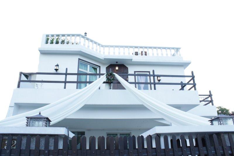 front of villa -banquet facilities