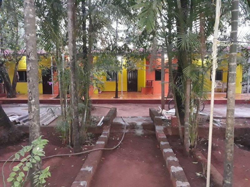 Ramanant Village Resorts - Bedroom 1, vakantiewoning in Sindhudurg District