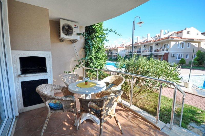 Cozy 1 Bedroom Apartment Aqua 11, vacation rental in Fethiye