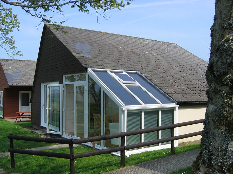 Detached holiday lodge near Bude, holiday rental in Stibb