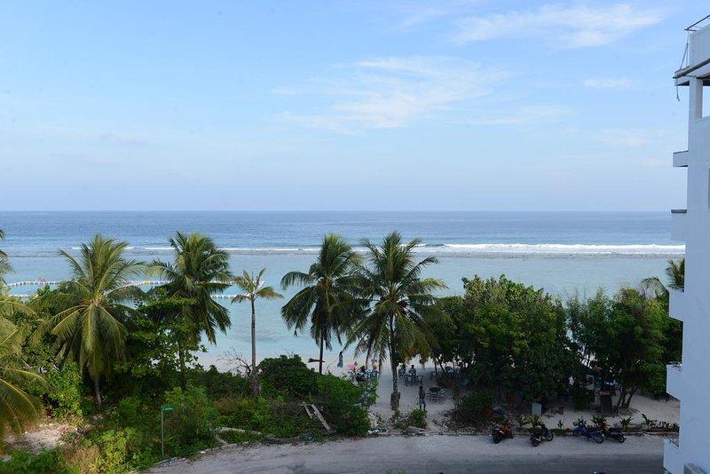 Express Inn (SV1 with Sea view ), casa vacanza a Maafushi Town