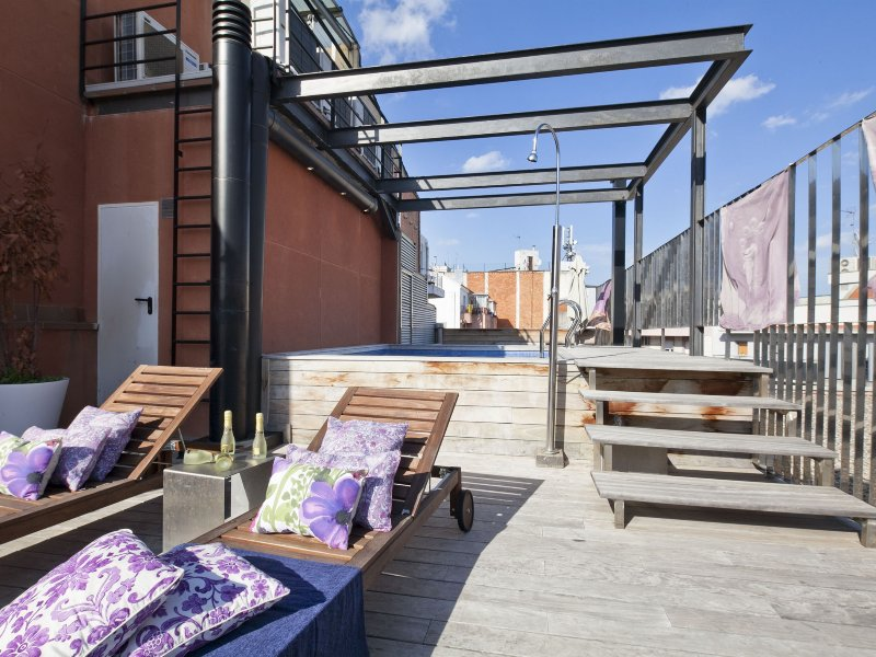 Rooftop Pool Apartment in Barcelona Center for 8 UPDATED ...