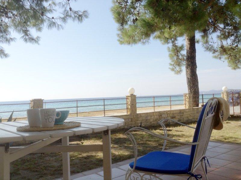 Sunset maisonette on the beach, Nikiti (3BD), vacation rental in Nikiti