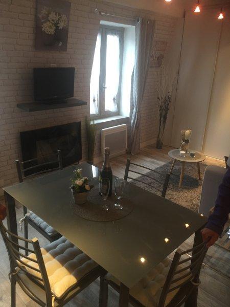 appartement le saint pierre, location de vacances à Jausiers