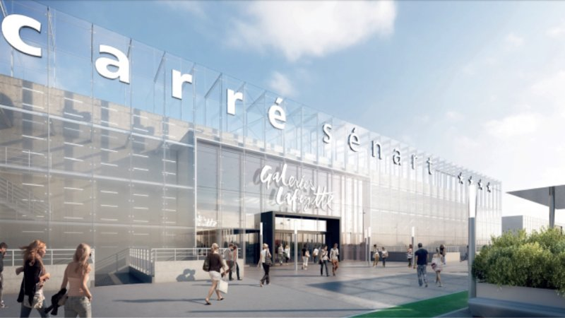 One of the largest shopping centers in France Carresenart is 9.3 km from the rental.