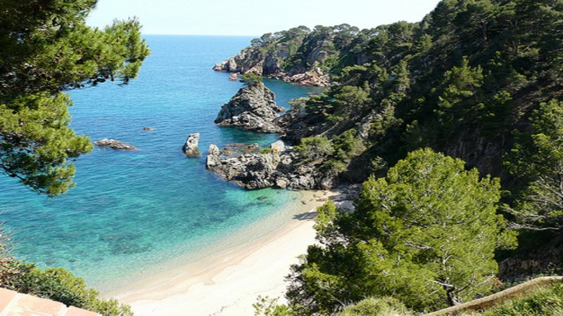 Apartamento en Calella de Palafrugell a 400m de la playa del Golfet, holiday rental in Calella de Palafrugell