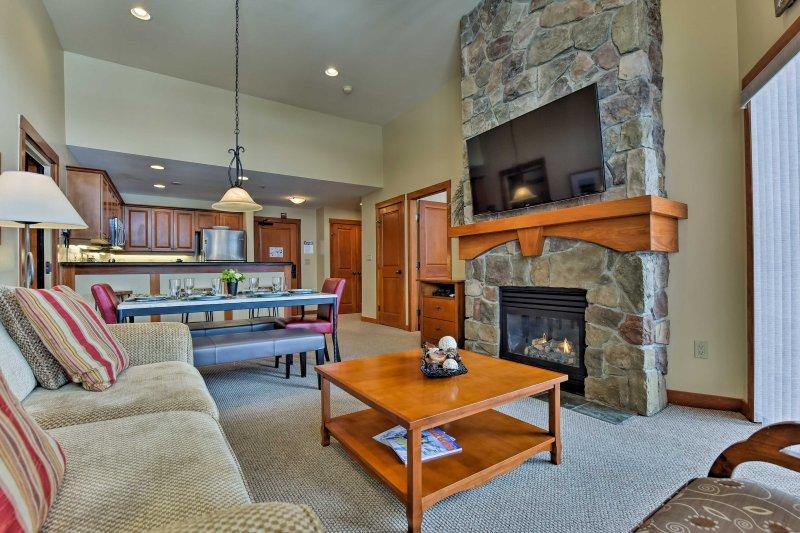 Ski-In/Ski-Out Solitude Resort Condo w/ Mtn Views!, holiday rental in Solitude