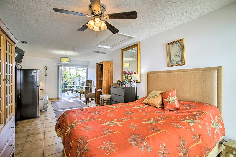 This studio is perfect for couples looking for a romantic getaway.