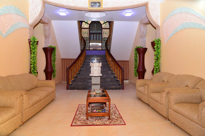 Bliss Homestay - Bedroom 1, vacation rental in Virajpet