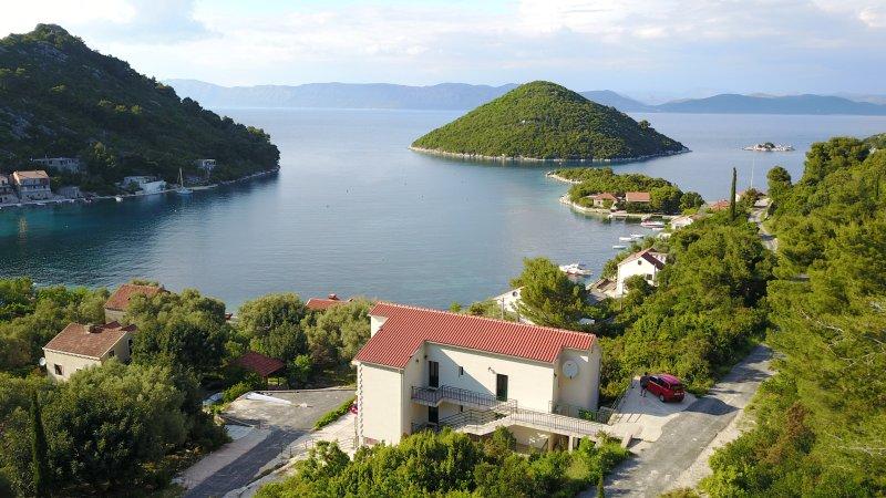Apartment Evita A, location de vacances à Mljet Island