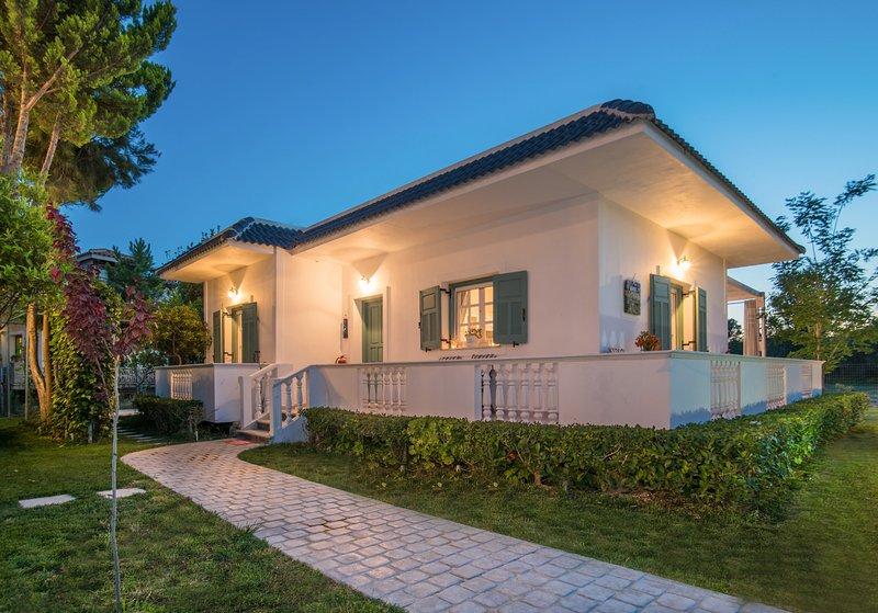 Tasos Villas - Villa 2., holiday rental in Kalamaki
