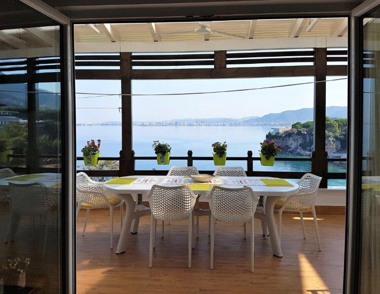 Alma's Holiday Home, holiday rental in Vlore
