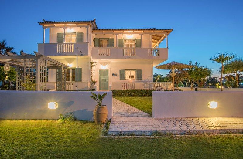 Tasos Villas - Apartment No. 1, holiday rental in Kalamaki