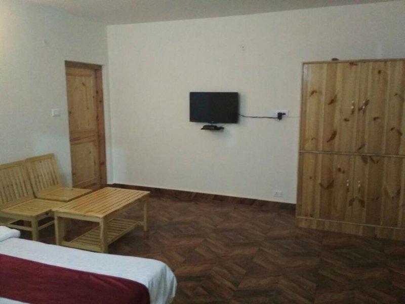Raison Meadows: Room 4, holiday rental in Kullu District