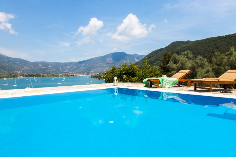 VILLA PANOREA, holiday rental in Fterno