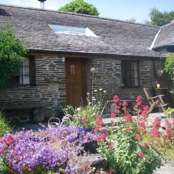 Beautiful Stone Cottage in Snowdonia, vacation rental in Tywyn