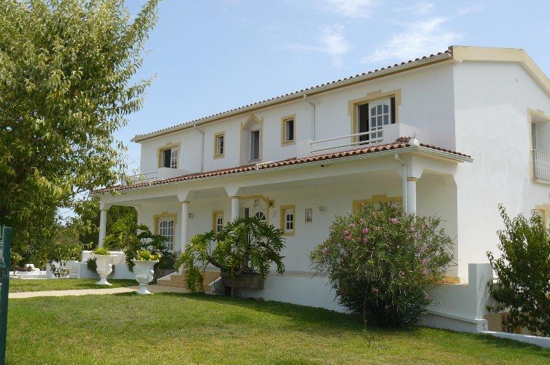 Appartamenti in affitto di Vila all'interno Carmina, Piscina, Campo da tennis, WiF Parkingi