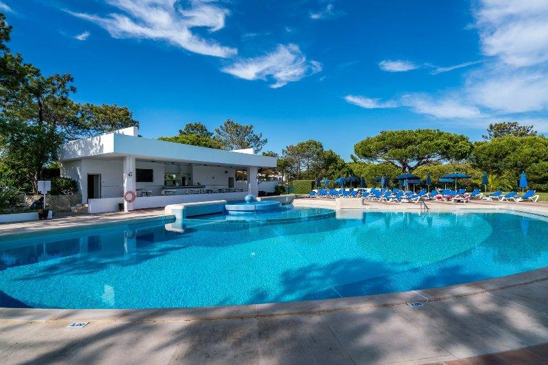 Quinta do Lago Lounge Apartment (S26), location de vacances à Quinta do Lago