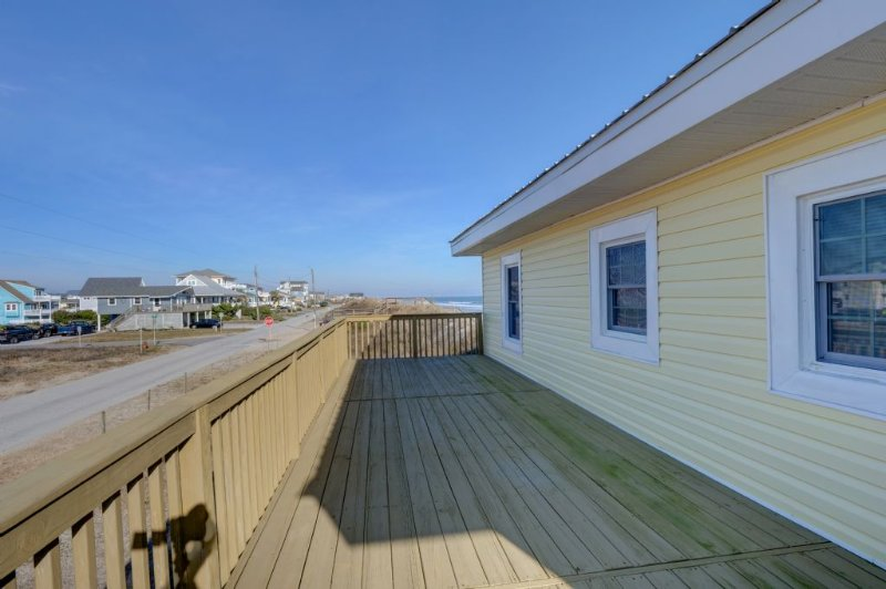 Front of house Deck