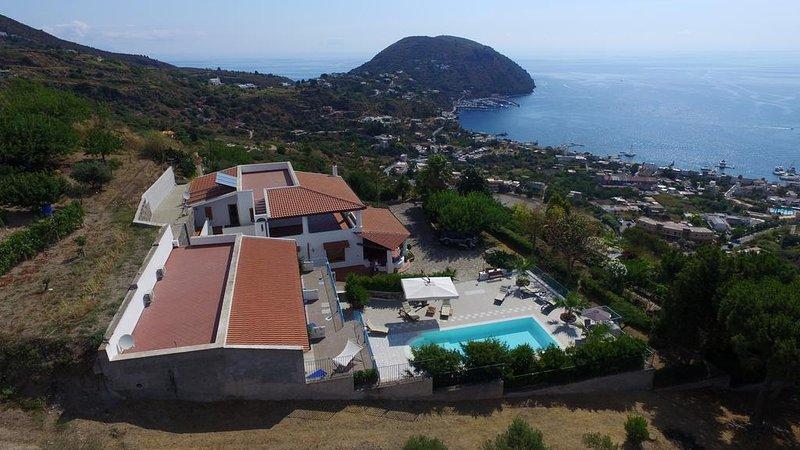 die Villa und Ansichten