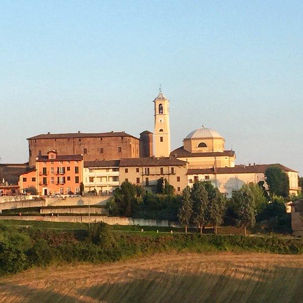 Montegrosso, a nossa aldeia favorito em Piemonte. pessoas amigáveis, vistas fantásticas.