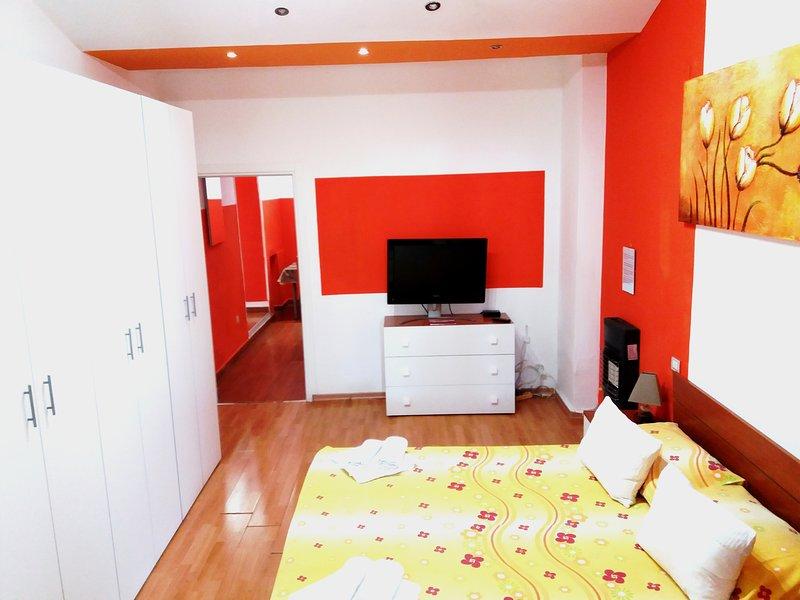 Garden House-Pompei-Napoli-Sorrento-Vesuvio, vacation rental in Trecase