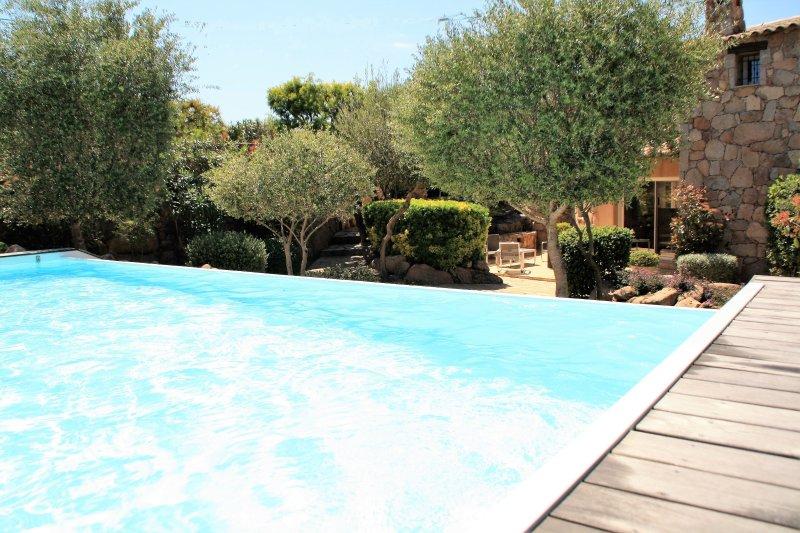 villa en location été en corse du sud porto vecchio piscine chauffée