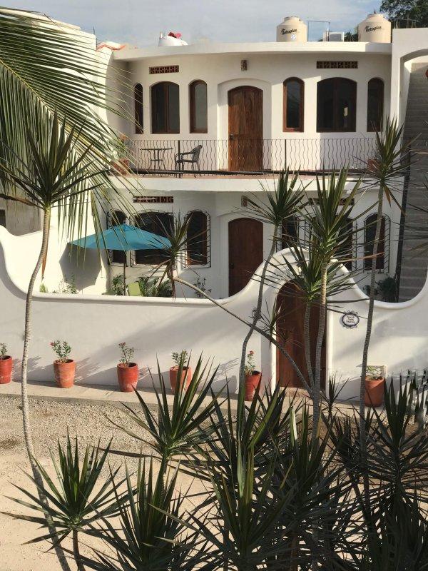 Tropical Casa de Suenos (ground floor unit)