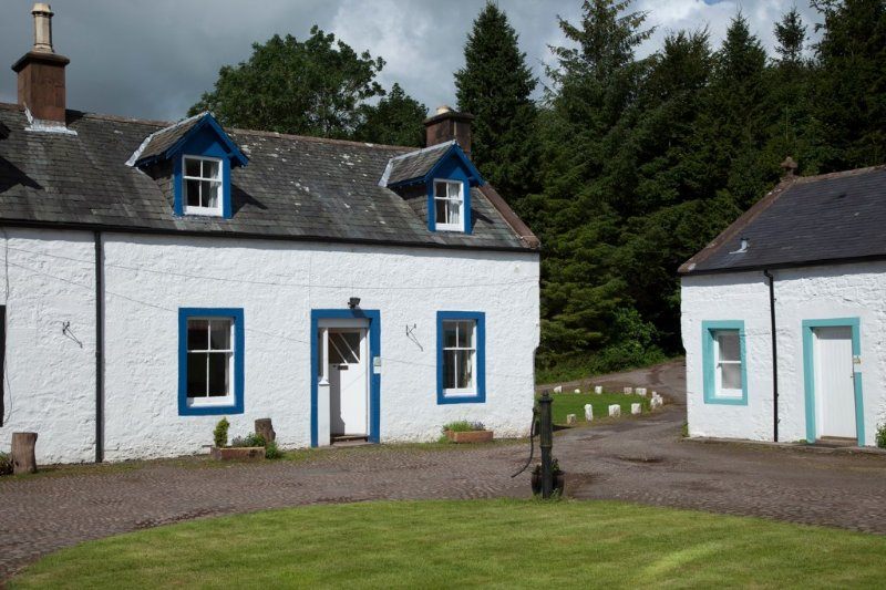Roe Deer cottage, traditional 2Star 2 bedrm 1 bathrm Kirkwood Real Farm Holidays, vacation rental in Lockerbie