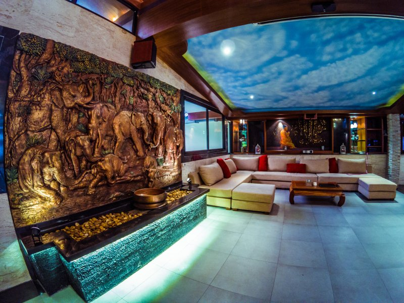 Lounge area'