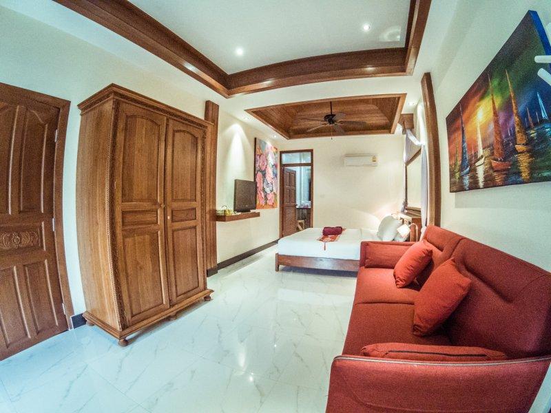 Bedroom nr 4 Apartment nr 2 King Bed, Bedsofa En Suite