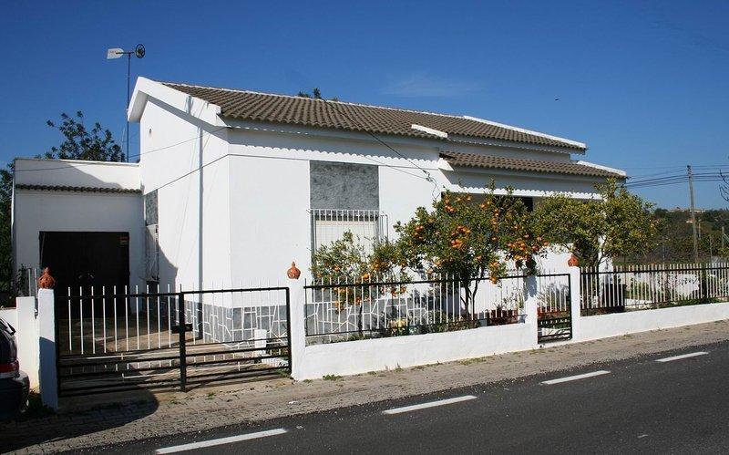 Maison de vacances, vacation rental in Santa Catarina da Fonte do Bispo