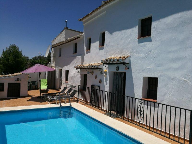 CasaBlanca De Iznajar, holiday rental in Rute
