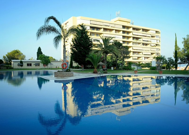 Apartment La Malagueña en Torremolinos con piscina y parking gratis., vacation rental in Torremolinos