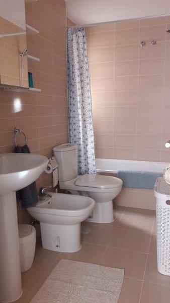 Cuarto de baño con mala / ducha
