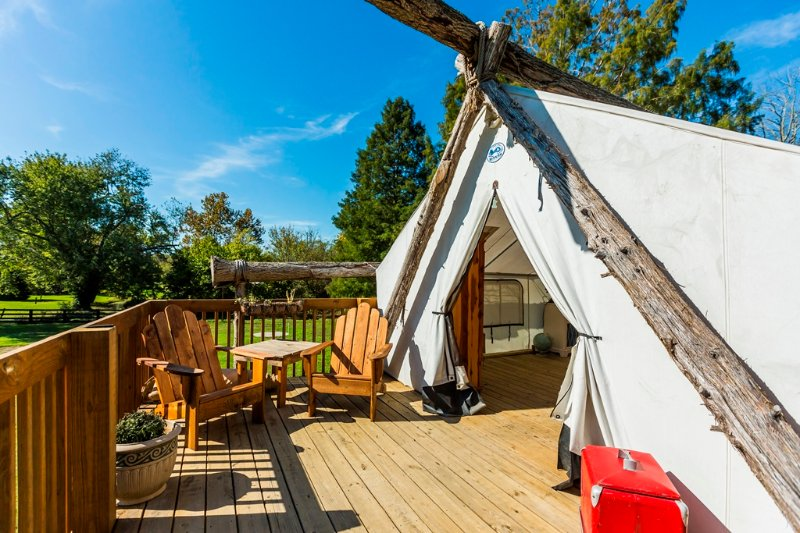 Seu Tent Glamping
