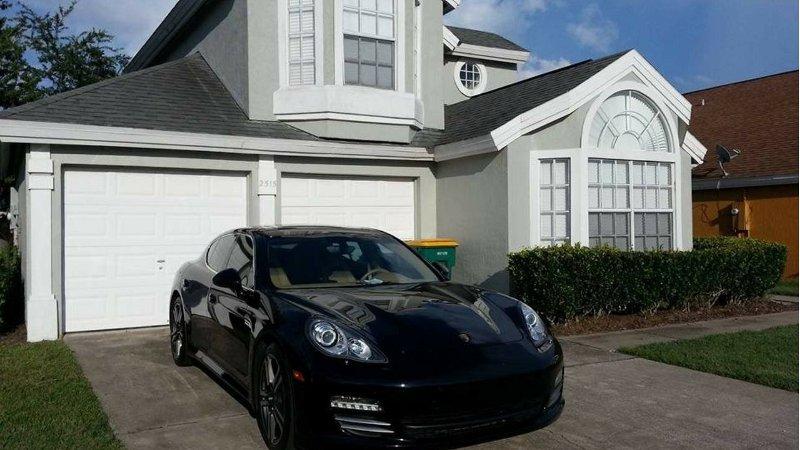 Bienvenido a Florida Fun (Porsche Panamera 4S, no incluido)