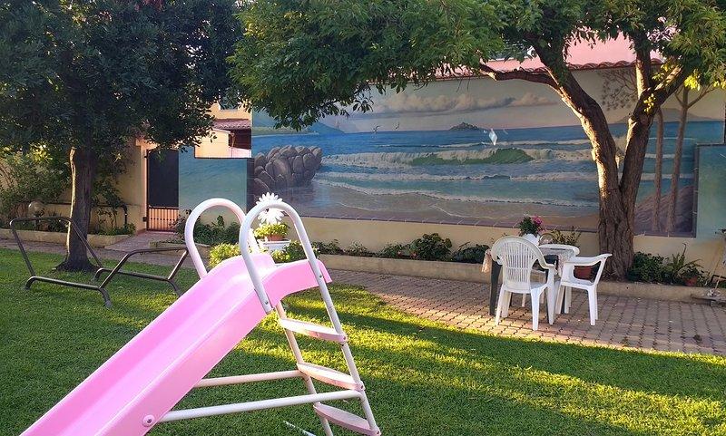 Casa Arba 4 Girasole vista giardino, Ferienwohnung in Girasole