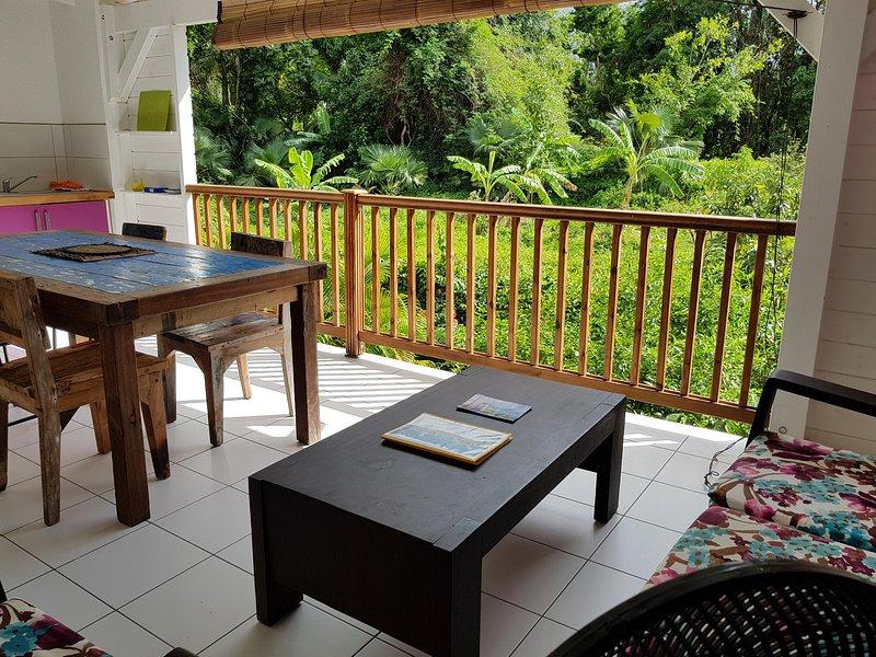 Habitation CALISSA gîte 'GROSEILLE PAYS', location de vacances à Bouillante