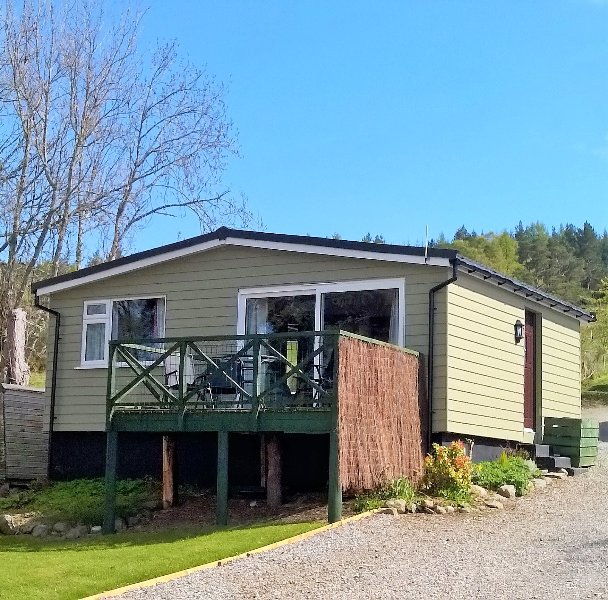 Pine chalets,Pineview with spectactular views near Inverness, holiday rental in Abriachan